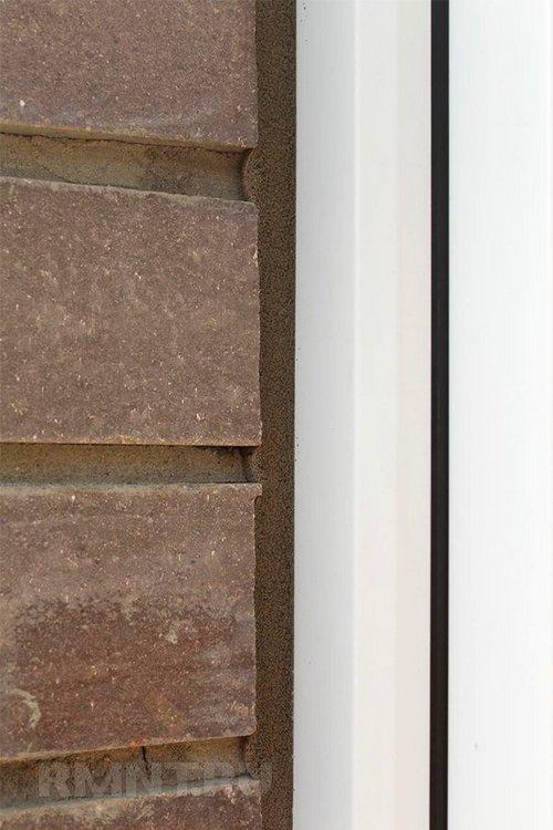 Герметизация окна лентой псул