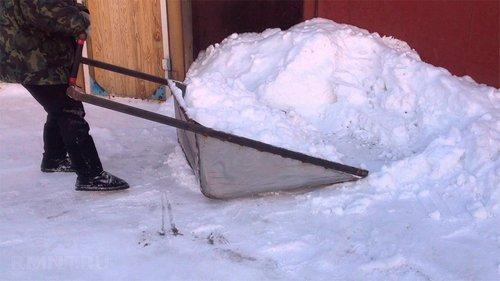 Как сделать лопату или скребок для уборки снега