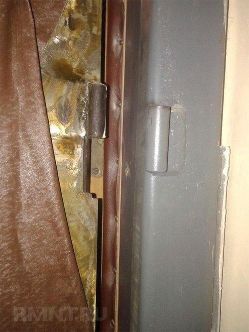 Как устранить перекос металлической двери