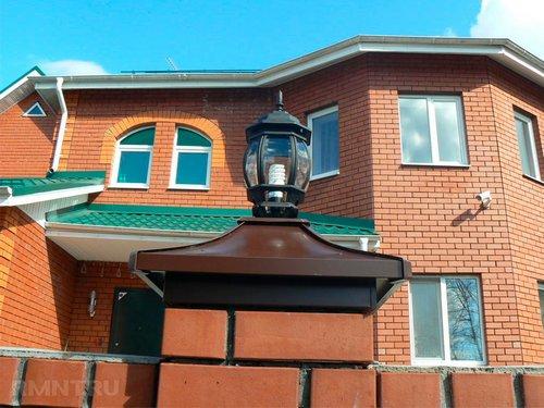 Колпаки на кирпичные и бетонные столбы забора: виды и цены