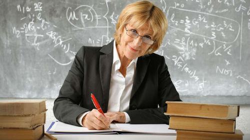 Пенсионный возраст учителей в Украине
