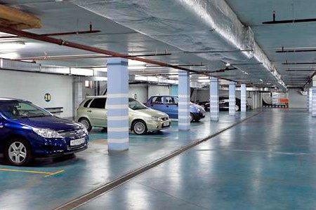 В Москве разрешат отдавать под парковки первые этажи домов