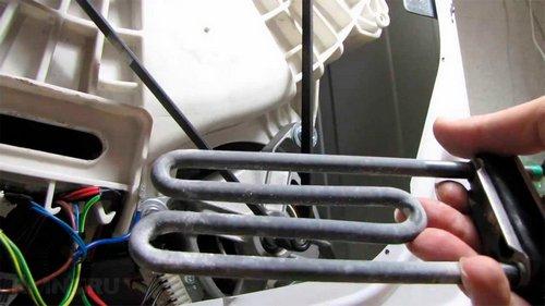 Выбивает УЗО или автомат при включении стиральной машины