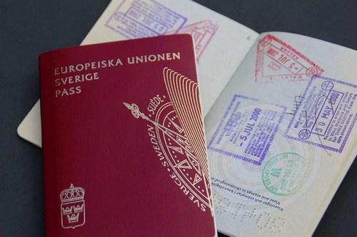 Получить гражданство Швеции
