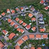 Для получения льгот по земельному налогу не обязательно предоставлять заявление в налоговую инспекцию