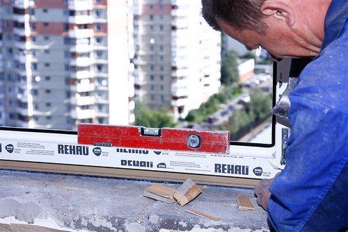 Как установить пластиковое ПВХ окно своими руками