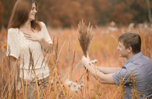 Кому в семье меняться первому, мужчине или женщине?