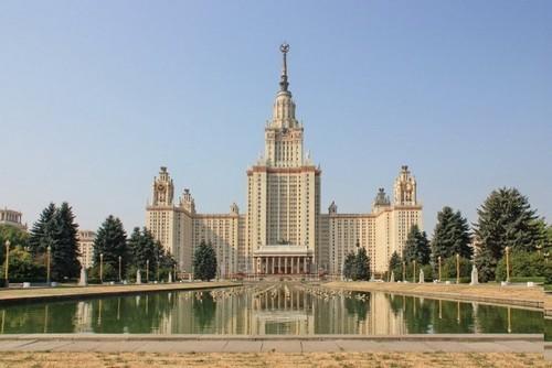 Первый небоскреб столицы: уже восьмое место в десятке самых высоких зданий