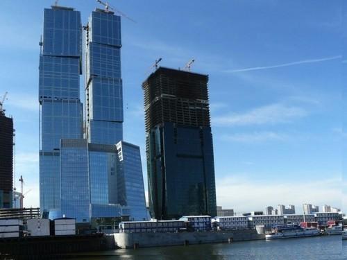 Башня «Санкт-Петербург»: 6 позиция и 257 метров