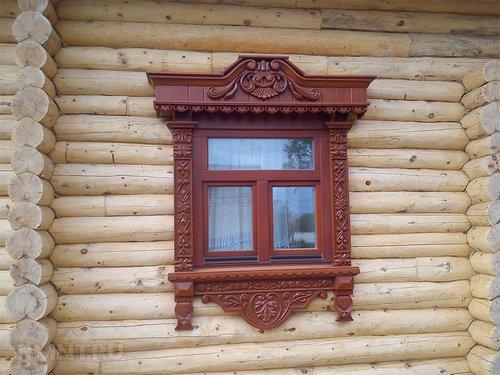 Резные деревянные наличники