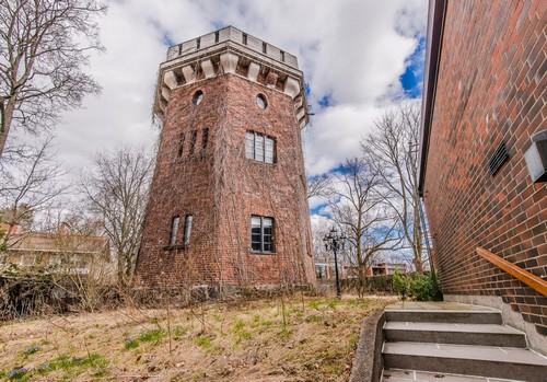 Старинная башня вХельсинки. Недвижимость вФинляндии
