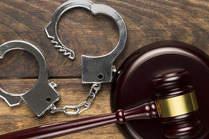 Обвинение в тяжком преступлении не может быть основанием для продления стражи
